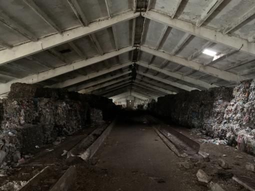 Vilniaus rajone bendrovė be leidimo laiko 400 tonų plastiko atliekų