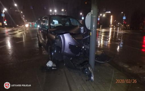 Kaune neblaivus vairuotojas nesuvaldė automobilio