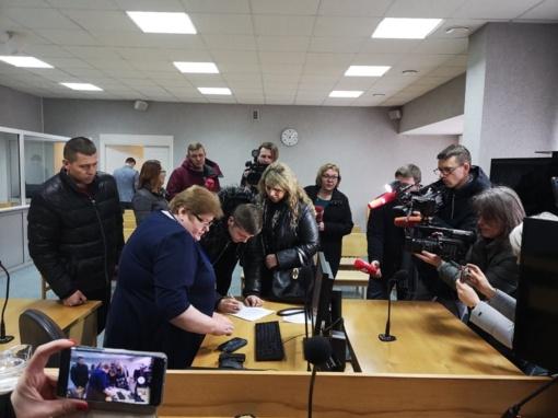 Internetinėje erdvėje plinta peticija: reikalauja griežtesnės bausmės merginą sumušusiam jurbarkiečiui