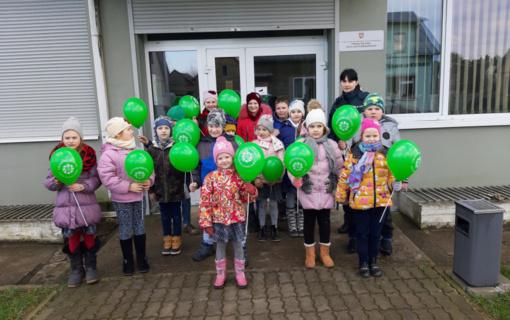 """""""Revuonos"""" pradinukai smalsavo Prienų rajono policijos komisariate"""