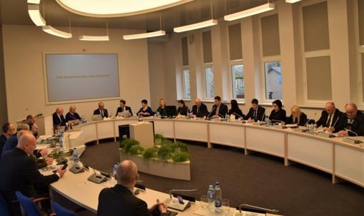 Tarybos posėdyje patvirtinti svarbūs sprendimai