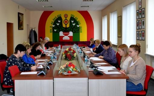 Daugiau nei 200 žmonių Šilalės rajone sėdo rašyti Nacionalinio diktanto