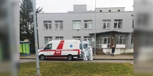 Dėl įtariamo koronaviruso du vyrai iš Kėdainių išvežti į Kauną