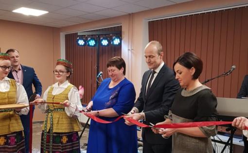 Oficialiai atidaryti atnaujinti Sūdavos kaimo bendruomenės namai