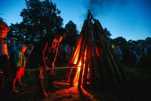 Nematerialaus kultūros paveldo vertybių sąraše – Rasos šventė Kernavėje