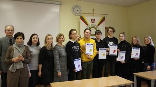 Anglų kalbos rašymo konkurso Isolde Poželaitė-Davis, AM premijai laimėti laimėtojas – Juliaus Janonio gimnazijos abiturientas