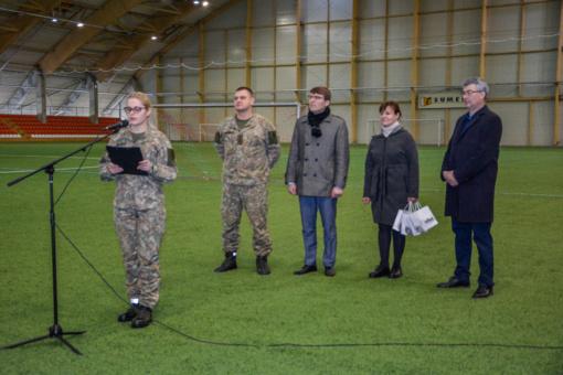 Kovo 11-osios futbolo turnyre varžėsi kariškiai ir pareigūnai