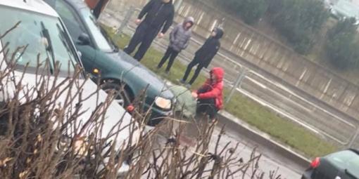 Alytuje automobilis partrenkė vaiką