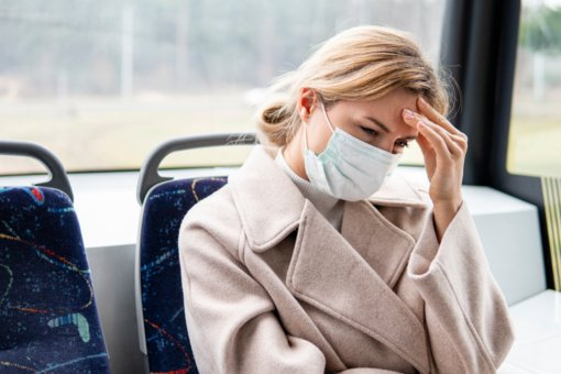 Seimas pailgino izoliacijos dėl koronaviruso laiką – gali trukti iki mėnesio