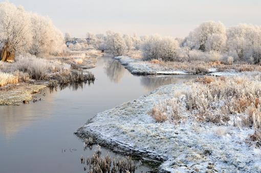 Kovo vidury sugrįžo žiema: kelininkai perspėja apie sudėtingas eismo sąlygas
