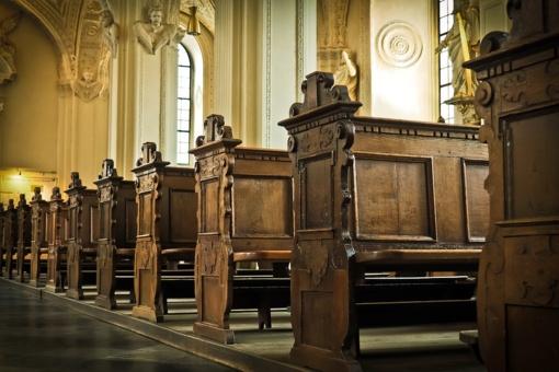 Mažeikių rajone iš bažnyčios aukų dėžutės pavogti pinigai