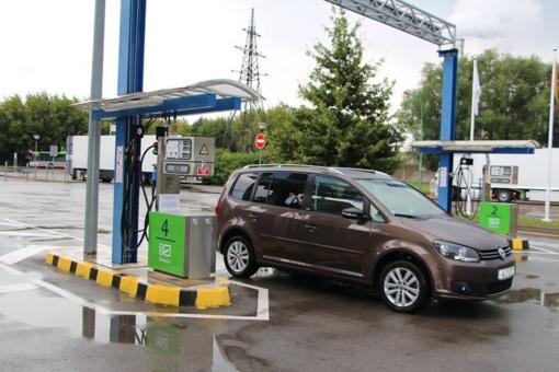 Kaune atidaryta suslėgtų gamtinių dujų pildymo stotis automobiliams