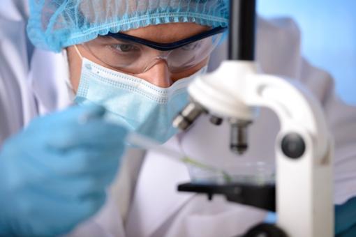 Lietuvą antradienį pasieks dalis koronaviruso infekcijai nustatyti reikalingų reagentų