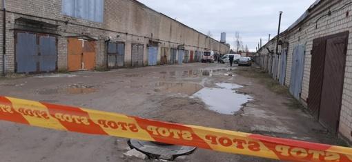 Antradienį Ventoje sprogusiuose garažuose rastas trečio žmogaus kūnas ir sprogmenys