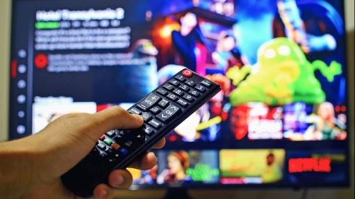 """""""Netflix"""" ir """"YouTube"""" mažins vaizdo kokybę Europoje, kad palengvintų interneto apkrovą"""