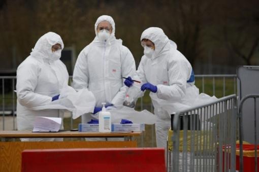 Koronavirusu infekuota Ukmergės gydytoja turėjo apie 160 kontaktų, 127 iš jų - medikai