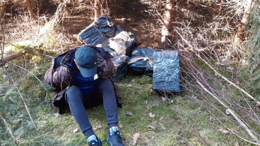 Pasieniečiai sulaikė kontrabandininką ir 2 tūkst. pakelių rūkalų