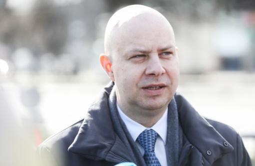 A . Veryga: išimtinais atvejais iš užsienio atvykusiems lietuviams gali būti leista izoliuotis namie