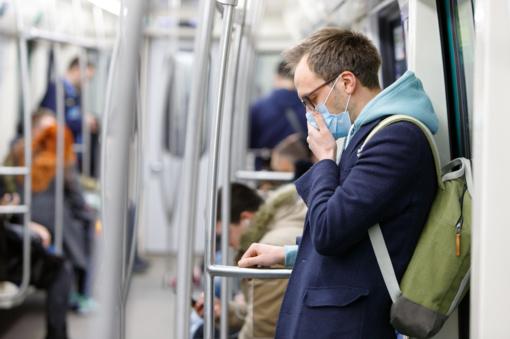 PSO ragina dėvėti kaukes vietose, kur paplitęs virusas ir sunku laikytis atstumo