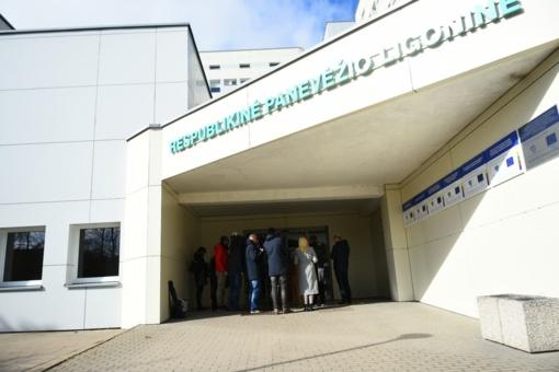 Panevėžio ligoninės direktorius apie mirusį pacientą: paskutinis testas dėl koronaviruso buvo neigiamas