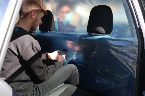 Vilniuje važinės taksi su izoliuotomis vietomis keleiviams
