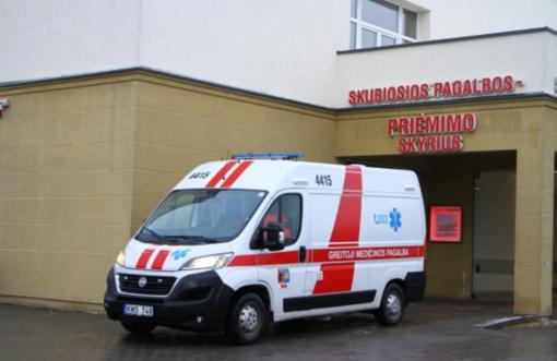 Nauji COVID-19 atvejai nustatyti Šiaulių medikams, ligoninė paslaugas teikia