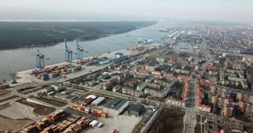 Uostas: gautas pritarimas neleisti išlipti įgulų nariams iš laivų