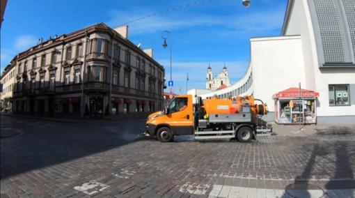 """""""Grinda"""" paskelbė, kurios sostinės gatvės šeštadienį bus plaunamos ir dezinfekuojamos"""