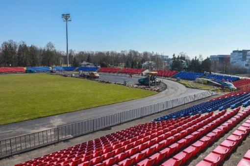 """Atsinaujina """"Aukštaitijos"""" stadionas"""