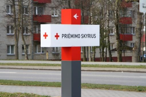 Valdantieji teikia naują pasiūlymą kelti algas medikams koronaviruso židiniuose
