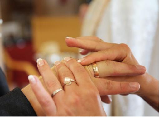 Karantinas koreguoja ir santuokų planus, ir tvarką