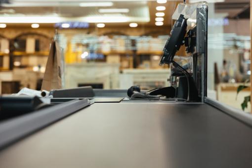 Prekybos centrams siūloma uždrausti dirbti sekmadieniais ir švenčių dienomis