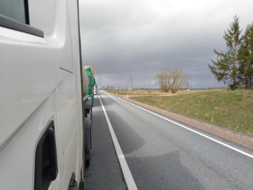 Per Lietuvos ir Baltarusijos sieną vykstančių automobilių sumažėjo du–tris kartus