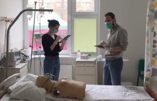 Ligoninės medikams – nuotoliniai mokymai, kaip teikti pagalbą sergantiems COVID-19