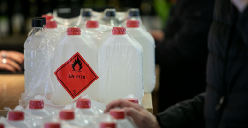 Savivaldybė daugiabučių namų bendrijoms dalins dezinfekcinį skystį
