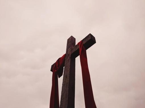 Didįjį penktadienį bus transliuojamos pamaldos iš Šiaulių šv. Ignaco Lojolos bažnyčios