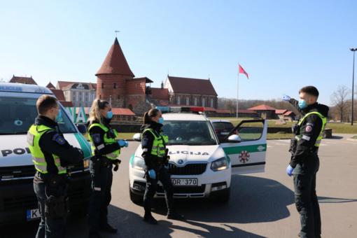 10-ies minučių pokalbis prie Kauno pilies trims draugams kainavo po 250 eurų