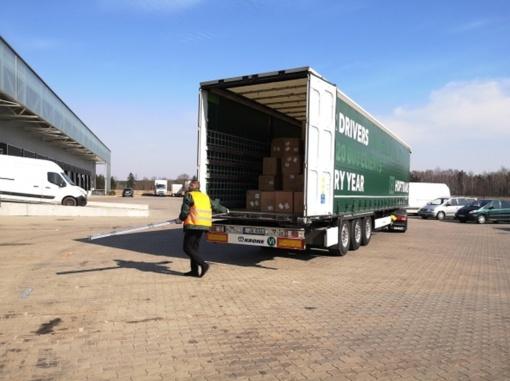 Lietuvą pasiekė dar 30 tonų apsaugos priemonių medikams