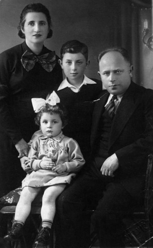 Tarpukario Lietuvos žydų šeimą norima pagerbti Atminimo akmenimis