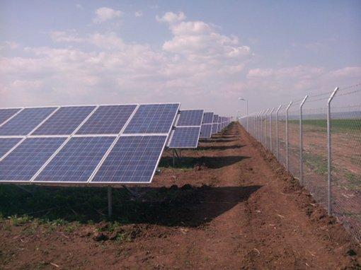 Vidutinė elektros energijos savaitės kaina Lietuvoje padidėjo 6 proc., pasiektas saulės elektrinių gamybos rekordas