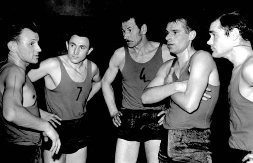1957 metais – pirmosios imtynių varžybos Anykščiuose