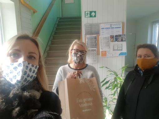 Dvi draugės metė iššūkį koronavirusui: surinko lėšų, kad aprūpintų medikus ir senjorus apsaugos priemonėmis