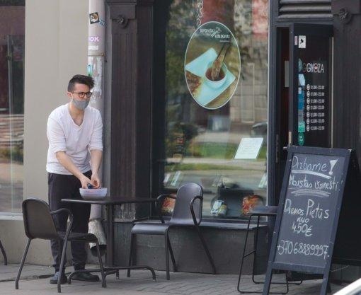 Barams ir kavinėms palikta teisė spręsti, kaip registruos klientus