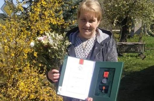 """Druskininkietei įteiktas ordino """"Už nuopelnus Lietuvai"""" medalis"""