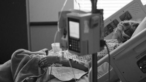 Kas yra Kavasaki liga ir kaip ji gali būti susijusi su COVID-19 sergančiais vaikais?