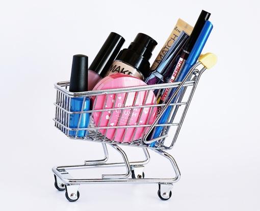 Mindaugas Jonušas:priešakinėse linijose dirbantys parduotuvių darbuotojai neverti pagalbos?