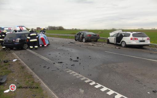 Per savaitę eismo nelaimėse žuvo penki žmonės