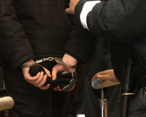 Į teismą keliauja didelio masto sukčiavimo schemas visoje Lietuvoje vykdžiusi grupė