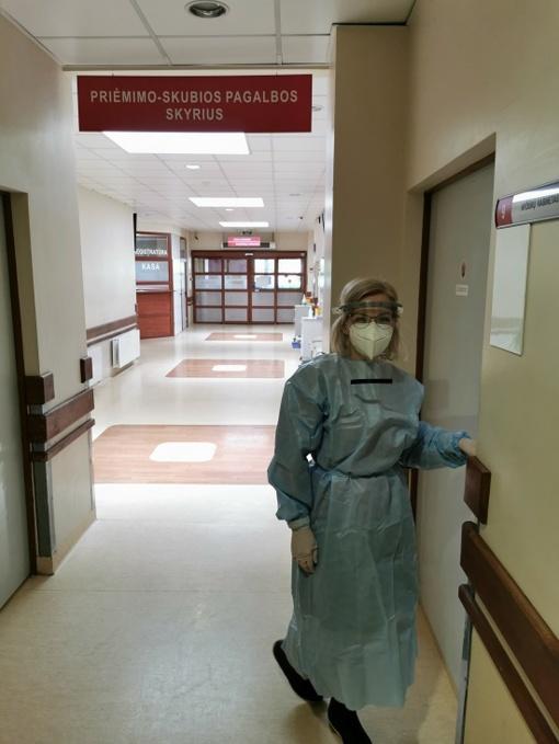 #PriešakinėseLinijose. Priėmimo-skubios pagalbos skyriaus vedėja gydytoja Vilma Ivanauskaitė-Sergejenko: medikas taip pat yra žmogus