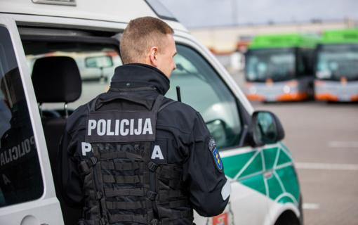 Praėjusią savaitę policijos pareigūnai fiksavo neleistinai sankryžas kertančius vairuotojus